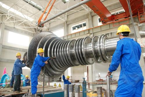 编写了《汽轮机专业施工组织设计》,《汽轮机凝汽器安装施工方案》等8