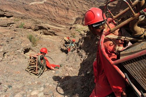 塔里木盆地地震勘探项目通过验收--中国石油新闻中心