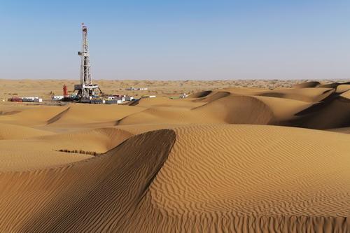 塔里木盆地油气与资源