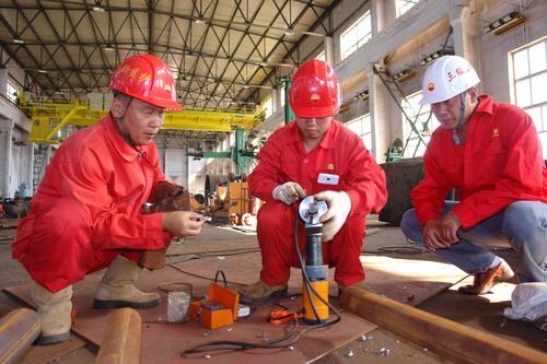 吉林油建高度重视青年人才培养 采取师徒捆绑