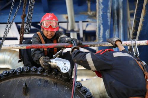 乌鲁木齐石化设备安装公司外闯市场纪实