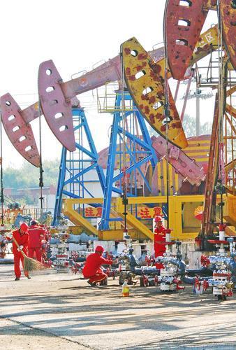 辽河油田特油公司对修井机,车辆,施工机械等活动设备,抽油机,室外机泵