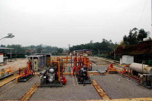 西南油气田重庆气矿把脉气量调配保障平稳供气